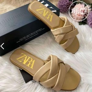 Zara ⬇️ brown leather slippers shoes size 10